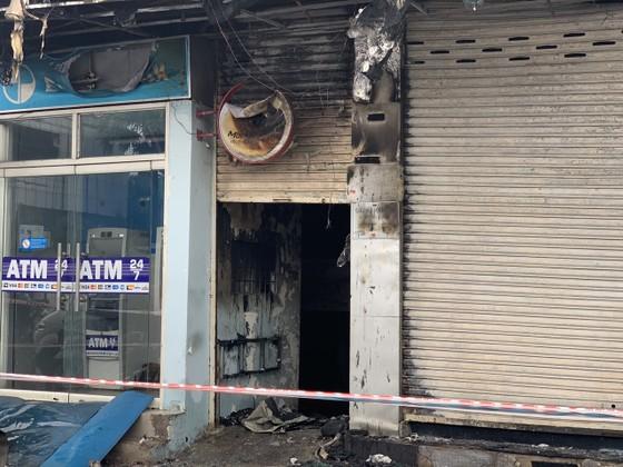 Xác định nghi can gây cháy chi nhánh ngân hàng Eximbank cùng nhà dân ở quận Gò Vấp ảnh 7