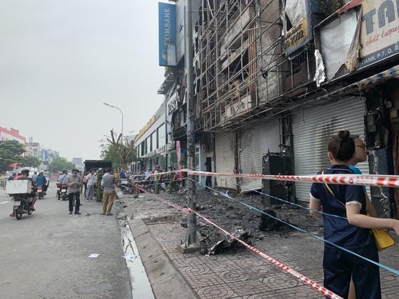 Xác định nghi can gây cháy chi nhánh ngân hàng Eximbank cùng nhà dân ở quận Gò Vấp ảnh 9