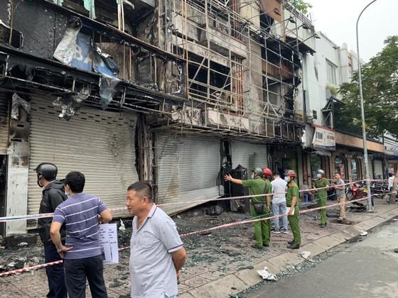 Xác định nghi can gây cháy chi nhánh ngân hàng Eximbank cùng nhà dân ở quận Gò Vấp ảnh 14