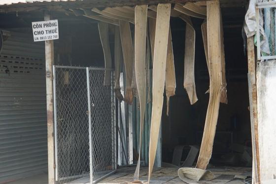 Nhiều nhà dân và hơn 10 phòng trọ ở quận 9 bị lửa thiêu rụi  ảnh 6
