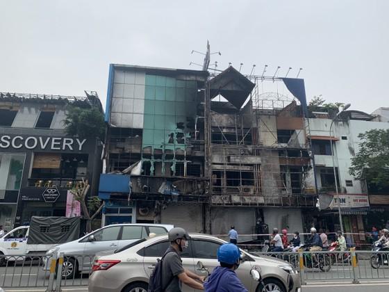 Thực nghiệm hiện trường vụ cháy chi nhánh ngân hàng cùng nhà dân ở quận Gò Vấp ảnh 5