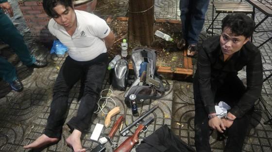 Bắt 5 đối tượng, thu súng, ma tuý trong vụ hỗn chiến nổ súng ở quận Gò Vấp ảnh 3
