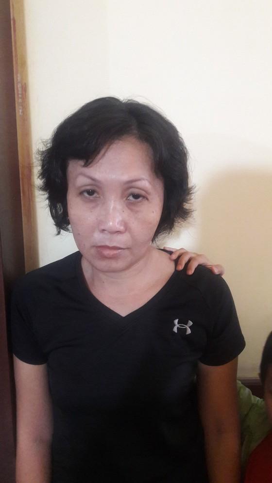 Diễn biến mới vụ người phụ nữ chở trẻ con đi trộm tiền ở quận 3 ảnh 1