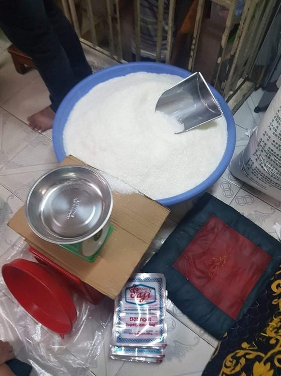 Phát hiện 'xưởng' sản xuất bột ngọt giả nhãn hiệu nổi tiếng ở quận 8 ảnh 8