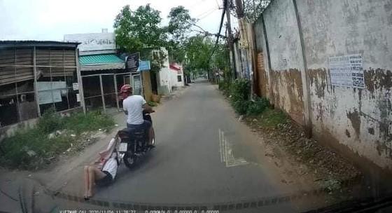 Bắt tên cướp kéo lê cô gái hàng trăm mét ở quận Bình Tân ảnh 2