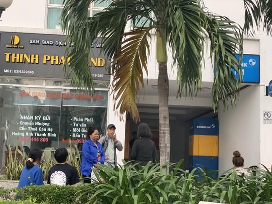 Phát hiện thi thể người phụ nữ lìa đầu ở chung cư Hoàng Anh Thanh Bình, quận 7 ảnh 5