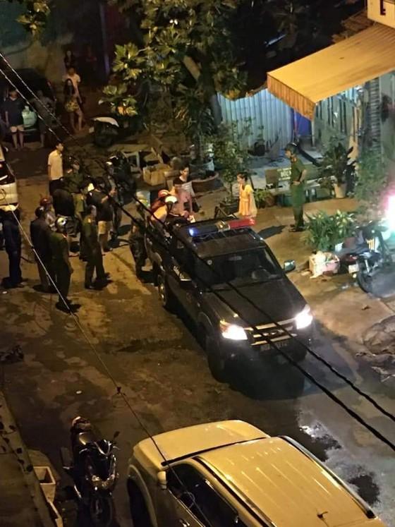 Vụ chém người gần lìa cánh tay: Đối tượng cầm đầu bị bắt ở Phú Quốc ảnh 2