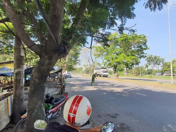 Bắt khẩn cấp 2 đối tượng tấn công CSGT ở huyện Bình Chánh ảnh 3
