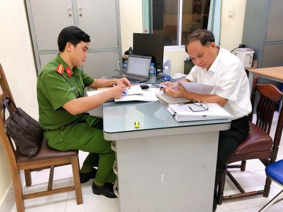 Công an TPHCM thông tin việc khởi tố bắt tạm giam đối với ông Tất Thành Cang ảnh 2