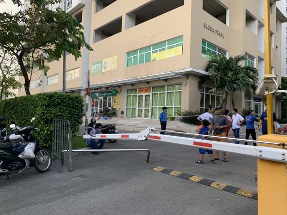 Người phụ nữ 63 tuổi rơi từ tầng cao chung cư Sunview Town xuống đất ảnh 2