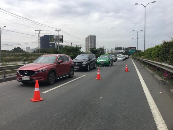 Tai nạn liên hoàn trên cao tốc TPHCM - Long Thành - Dầu Giây  ảnh 4