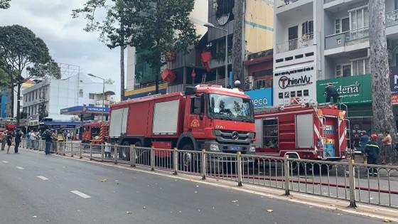 Cháy cửa hàng đặc sản Đà Lạt ở quận 5, nhiều tài sản bị thiêu rụi ảnh 5