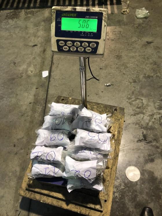 Phát hiện hơn 5kg cần sa từ Canada về Việt Nam qua cửa khẩu hàng không Tân Sơn Nhất ảnh 2