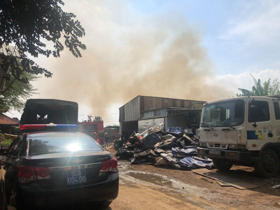 Cháy bãi phế liệu tại phường Long Thạnh Mỹ, TP Thủ Đức ảnh 2