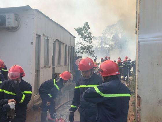 Cháy bãi phế liệu tại phường Long Thạnh Mỹ, TP Thủ Đức ảnh 3