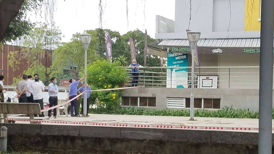 Điều tra vụ Chi cục trưởng Chi cục Thi hành án dân sự quận Bình Tân rơi tầng cao chung cư tử vong ảnh 1