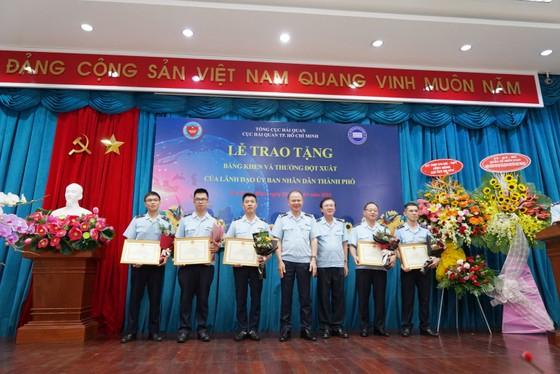 Khen thưởng 2 tập thể lập thành tích xuất sắc trong công tác phòng chống ma túy ảnh 2