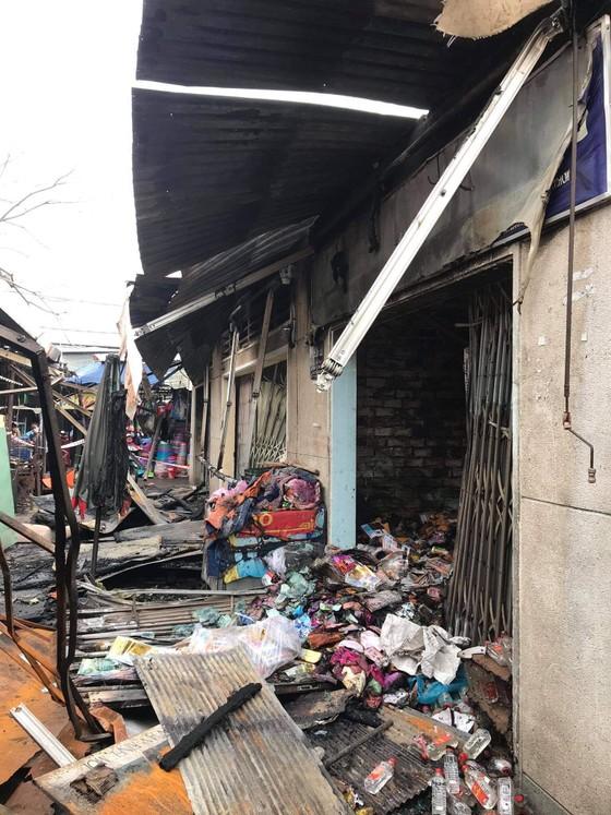 Điều tra vụ cháy 3 ki ốt trong chợ Bình Triệu, TP Thủ Đức ảnh 1
