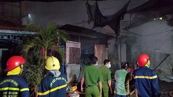 Cháy vựa thu mua phế liệu ở quận Bình Tân ảnh 3
