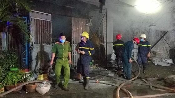 Cháy vựa thu mua phế liệu ở quận Bình Tân ảnh 6