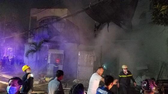 Cháy vựa thu mua phế liệu ở quận Bình Tân ảnh 2