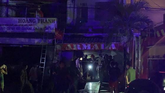 Cháy căn nhà 3 tầng ở TP Thủ Đức, nhiều người hoảng sợ ảnh 4