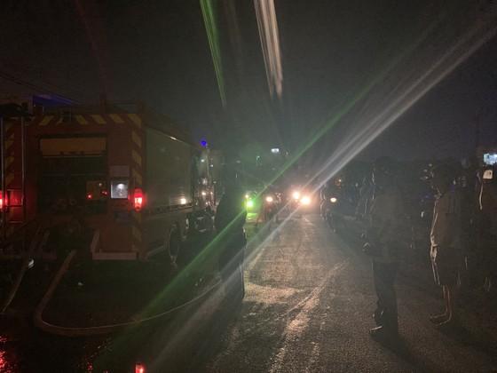 Cháy căn nhà 3 tầng ở TP Thủ Đức, nhiều người hoảng sợ ảnh 2