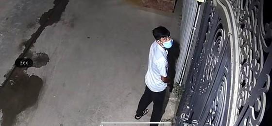 Nhà giám đốc chi nhánh ngân hàng bị trộm đột nhập lấy gần 1 tỷ đồng ảnh 1
