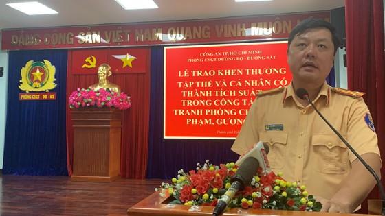 Công an TPHCM khen thưởng nhiều CSGT phòng chống tội phạm ảnh 4
