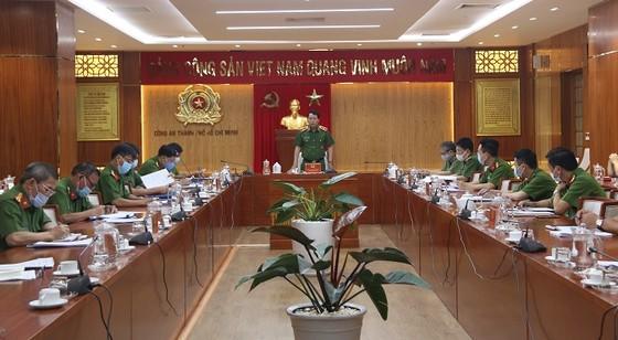 Thứ trưởng Bộ Công an Lê Quốc Hùng làm việc với Công an TPHCM về công tác PCCC&CNCH ảnh 1