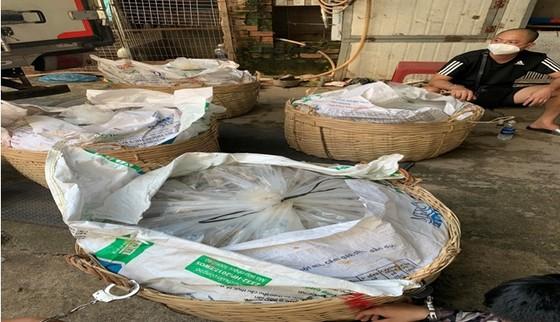 Khởi tố nhóm dùng xe chở gần 100 kg ma tuý từ Campuchia về TPHCM ảnh 3