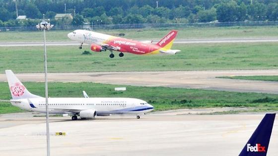 Đề xuất 4.210 tỷ đồng sửa đường băng sân bay của Bộ GTVT bị phản đối ảnh 1