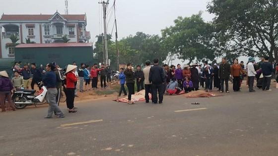 Vụ xe khách đâm vào đoàn người đưa tang, 7 người tử vong: Xe khách chạy sai lộ trình ảnh 1