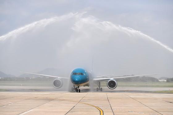 Vietnam Airlines đón chiếc máy bay thứ 100 gia nhập đội bay ảnh 1
