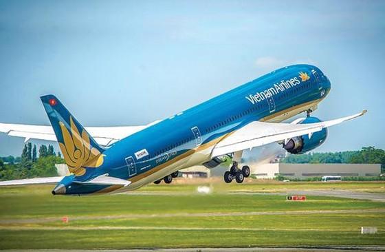 Lấy ý kiến Hà Nội và TPHCM trước khi cấp phép lịch bay quốc tế ảnh 1