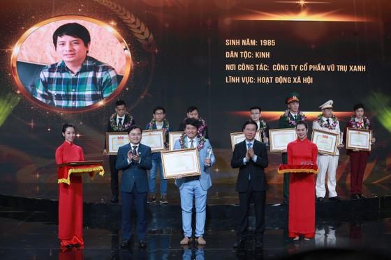 Vinh danh 10 gương mặt trẻ Việt Nam tiêu biểu 2020 ảnh 1