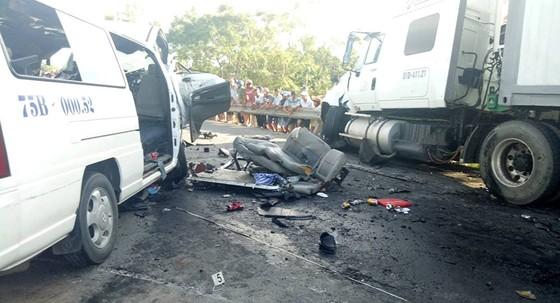 Trong 1 tháng, cả nước có 821 người chết do tai nạn giao thông ảnh 1