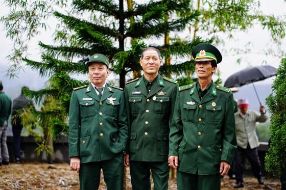 Tri ân các liệt sĩ tại di tích Đồn biên phòng 209 - Pò Hèn ảnh 12
