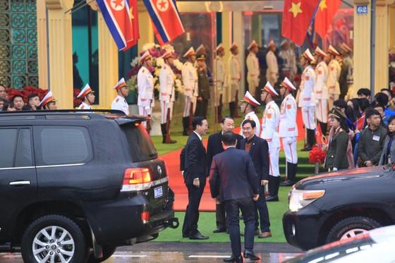 Ông Kim Jong-un đã đến ga Đồng Đăng ảnh 15