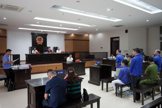 Trùm bảo kê chợ Long Biên cùng đàn em tiếp tục hầu tòa ảnh 3