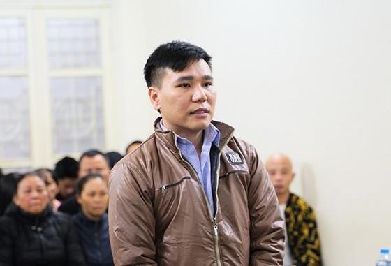 Ca sĩ Châu Việt Cường được giảm 2 năm tù ảnh 1