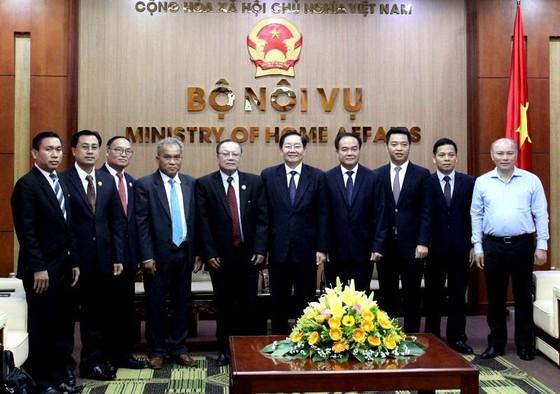 Việt Nam – Lào chia sẻ kinh nghiệm về công tác tôn giáo ảnh 1