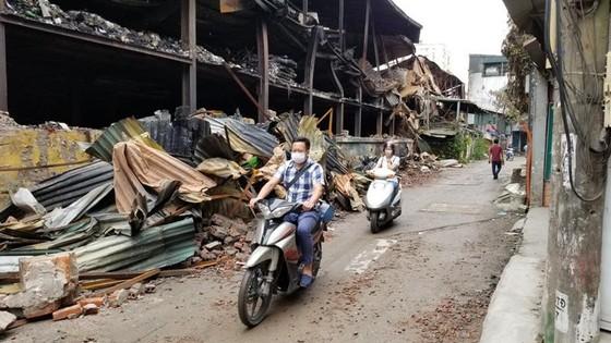 Kiểm điểm lãnh đạo phường ra văn bản cảnh báo ô nhiễm khu vực cháy Công ty Rạng Đông ảnh 1