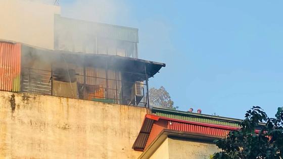 Cháy lớn tại quán karaoke trên phố Thi Sách ảnh 5