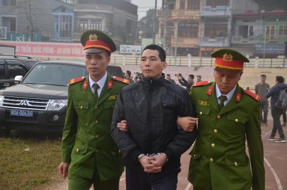 Đang xét xử 9 đối tượng sát hại nữ sinh giao gà ở Điện Biên ảnh 9