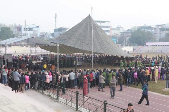 Đang xét xử 9 đối tượng sát hại nữ sinh giao gà ở Điện Biên ảnh 1
