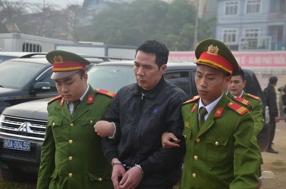 Đang xét xử 9 đối tượng sát hại nữ sinh giao gà ở Điện Biên ảnh 8