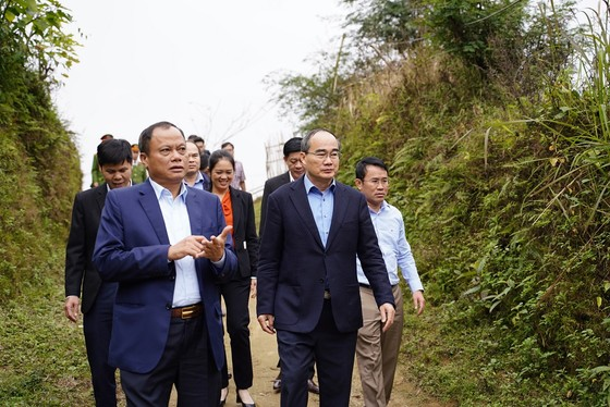 Đồng chí Nguyễn Thiện Nhân thăm và tặng quà tại tỉnh Bắc Kạn nhân dịp Xuân Canh Tý ảnh 4