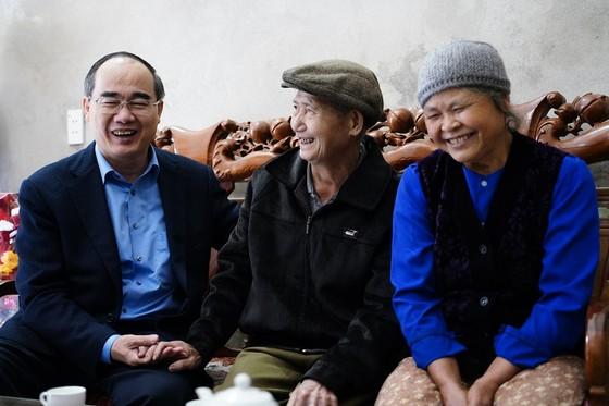 Đồng chí Nguyễn Thiện Nhân thăm và tặng quà tại tỉnh Bắc Kạn nhân dịp Xuân Canh Tý ảnh 3
