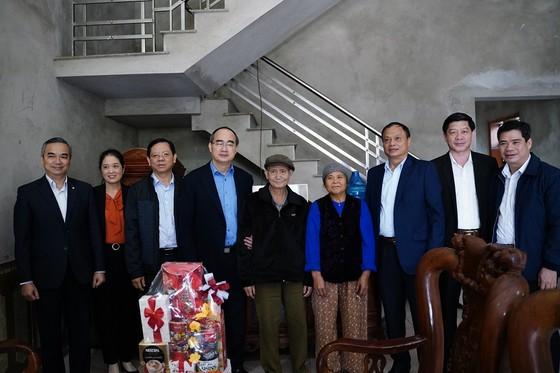 Đồng chí Nguyễn Thiện Nhân thăm và tặng quà tại tỉnh Bắc Kạn nhân dịp Xuân Canh Tý ảnh 8